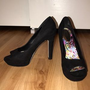 Black madden-girl platforms Sofia pumps